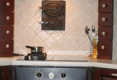 piekarnik w kuchni klasycznej