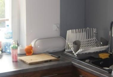 kuchnia nowoczesna na wymiar ciemne fronty szafek