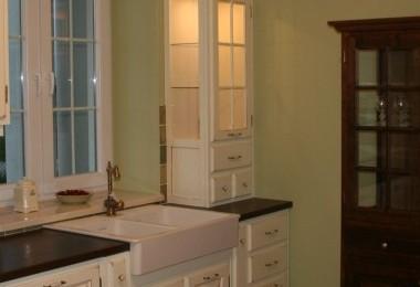 biała kuchnia prowansalska na wymiar
