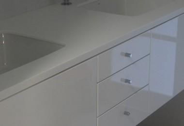 meble łazienkowe biały połysk na wymiar