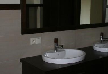 projekt mebli łazienkowych na wymiar