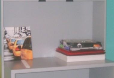 młodzieżowe białe biurko z nadstawką