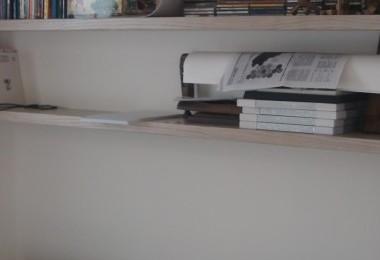 białe nowoczesne meble do pokoju